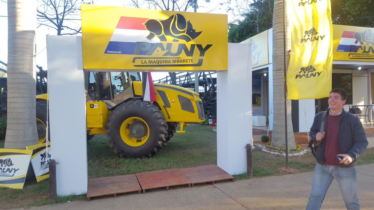 PAUNY PARAGUAY pisa fuerte en la Expo Mariano Roque Alonso